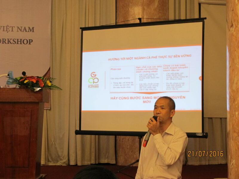 Luu Van Hoang, Regional Manager (Vietnam), presents the GCP.