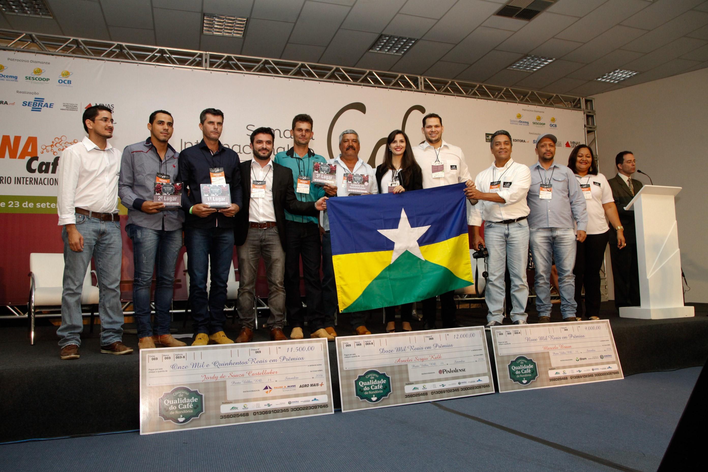 Rondonia´s team and Coffee Quality Contest winners. Photo Credit: Bruno Lavorato